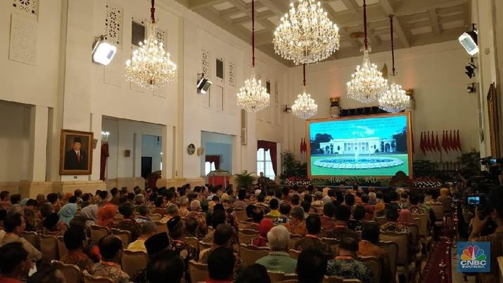 Ganti PNS dengan Robot, Jokowi: Ini Bukan Hal yang Sulit