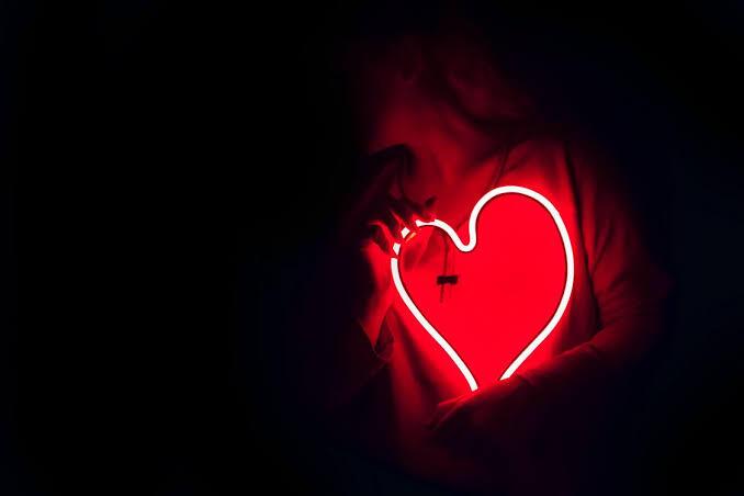 Love Science: 11 Faktor Penyebab Kita Menyukai Seseorang