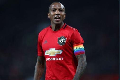 Waduh, Demi Pindah ke Inter Ashley Young Bakal Mogok Main di Man United...