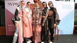 Deretan Desainer Indonesia yang Mendunia