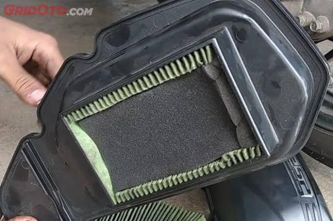 Ga Punya Duit, Tips Filter Udara Pada Motor Matic Di Ganti Dengan Busa