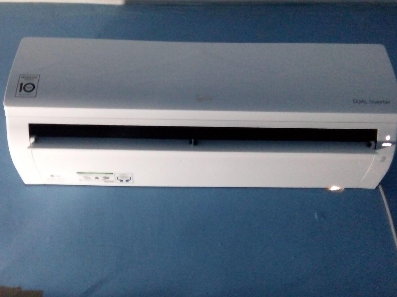 REVIEW AC LG T06EV4