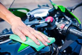 Tips Membersihkan Body Motor