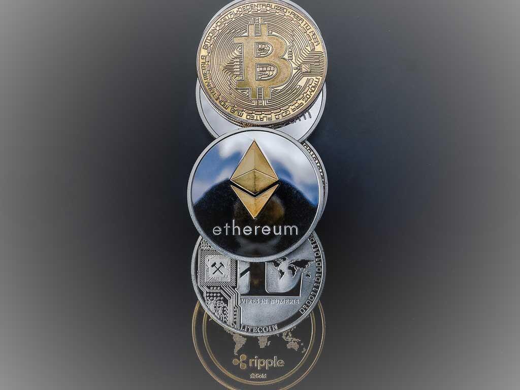 #CRYPTOCURRENCY ETHEREUM BERPELUANG NAIK JIKA BITCOIN RELI DI ATAS $8.200