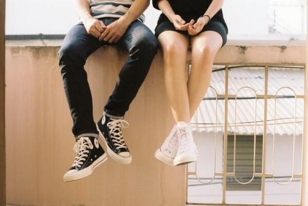 5 Tips Sukses Kencan Pertama untuk Sosok Introvert, Biar Gak Awkward!
