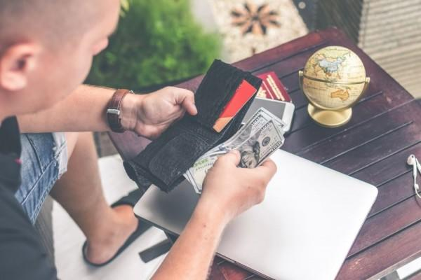 5 Resolusi Keuangan di Tahun Baru yang Bikin Hidupmu Jadi Lebih Makmur