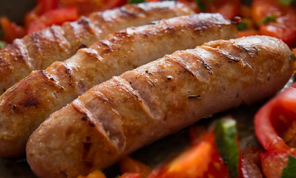 Berbahaya! 6 Makanan Ini Ternyata Dapat Mempercepat Proses Penuaan Dini
