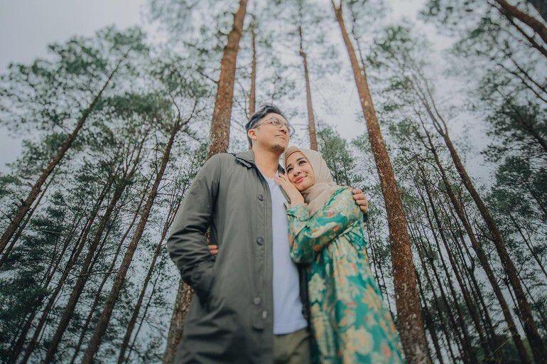 Foto Prewedding Low Budget Ala Artis Indonesia