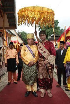 Ingin Bikin Kerajaan Legal Di Indonesia, Ini Caranya Gan