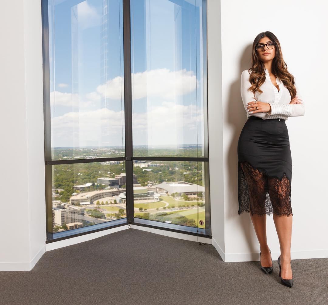 6 Bintang Panas yang Sudah Bertobat, Salah Satunya Mia Khalifa