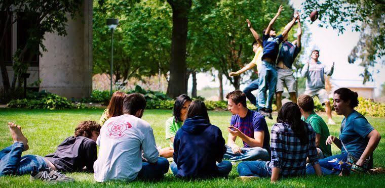 Beberapa Tipe Mahasiswa di Kampus, Kamu Tipe yang Mana?