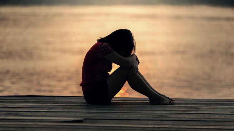 10 Cara Meredakan Sakit Hati Akibat Suami/Istri Selingkuh - Bangkit dari Keterpurukan