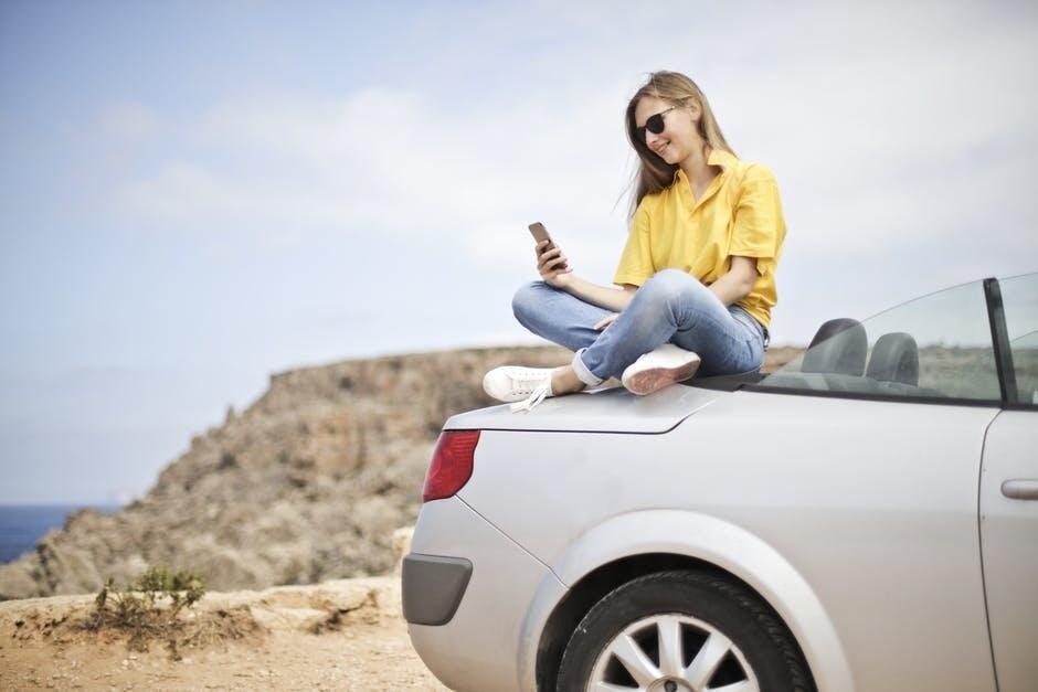 4 Kesalahan Umum Yang Dilakukan Penggunaan Smartphone Saat Traveling