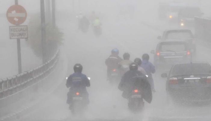 Jumat Pagi Ini Jakarta Diguyur Hujan Lebat