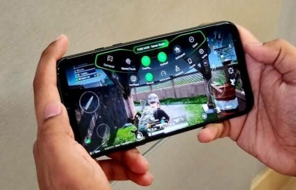 Anti Lag, 5 HP Terkini dengan Snapdragon 855+ yang Pas Buat Gamer