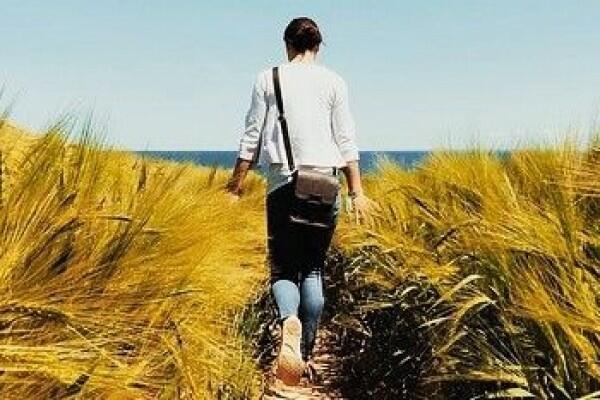 Ini 5 Manfaat Mutlak Berjalan Kaki Setiap Hari yang Tidak Kamu Sadari