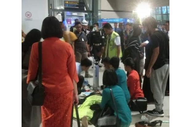 Diduga Terserang Virus Corona, Penumpang Mendadak Jatuh di Bandara Soetta