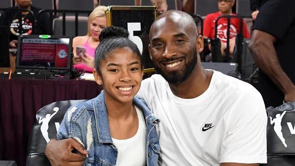 (R.I.P )Kobe Bryant Meninggal Dunia Kecelakaan Helikopter