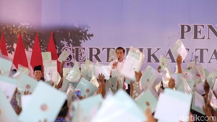 Berita Jokowi Heran Ada Warga Mau Pinjam Rp 20 Juta ke Bank untuk Usaha Es Degan
