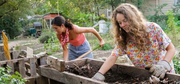 Dukung Gerakan Sayangi Bumi dengan Mulai 6 Kebiasaan Baik Ini Yuk