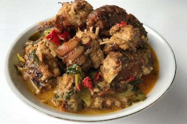 4 Rekomendasi Tempat Kuliner Ekstrem di Sulawesi Utara, Sudah ke Sini?