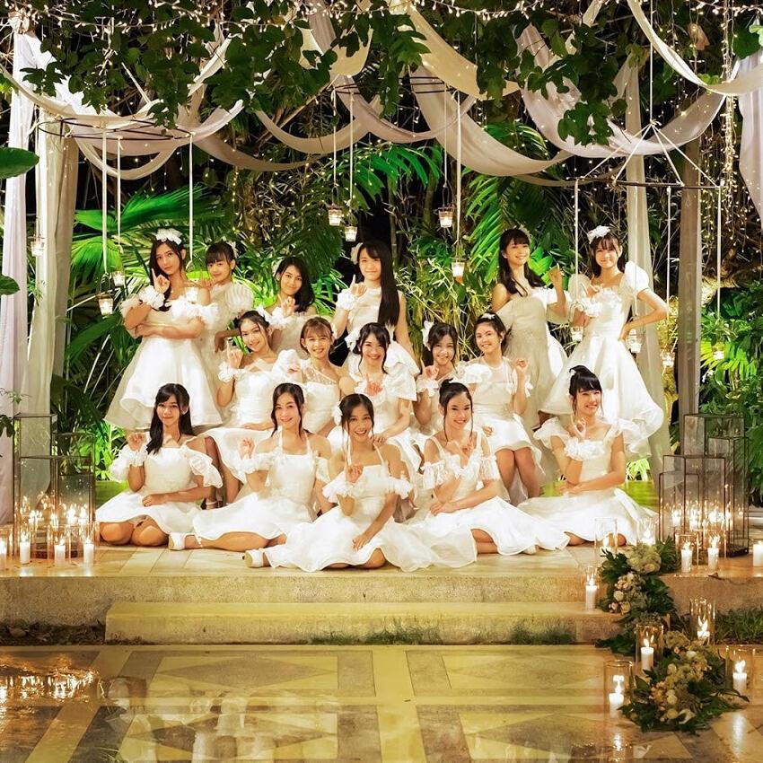 Review MV Rapsodi - JKT48 : Elegan dan Sejuk