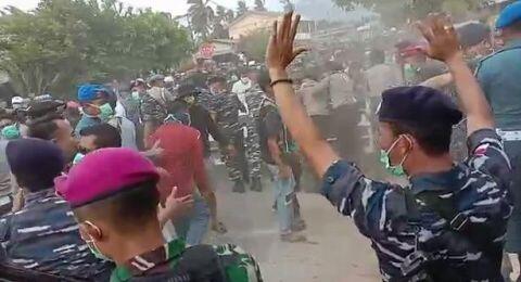 WNI dari Wuhan Tiba di Natuna, Kerusuhan Pecah