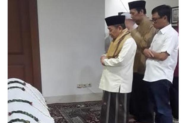 PKS Anggap Gus Sholah Orang Tua dan Panutan