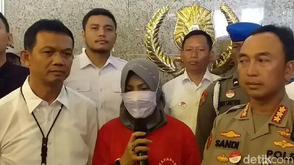Zikria Penghina Wali Kota Risma Meratap Agar Dimaafkan