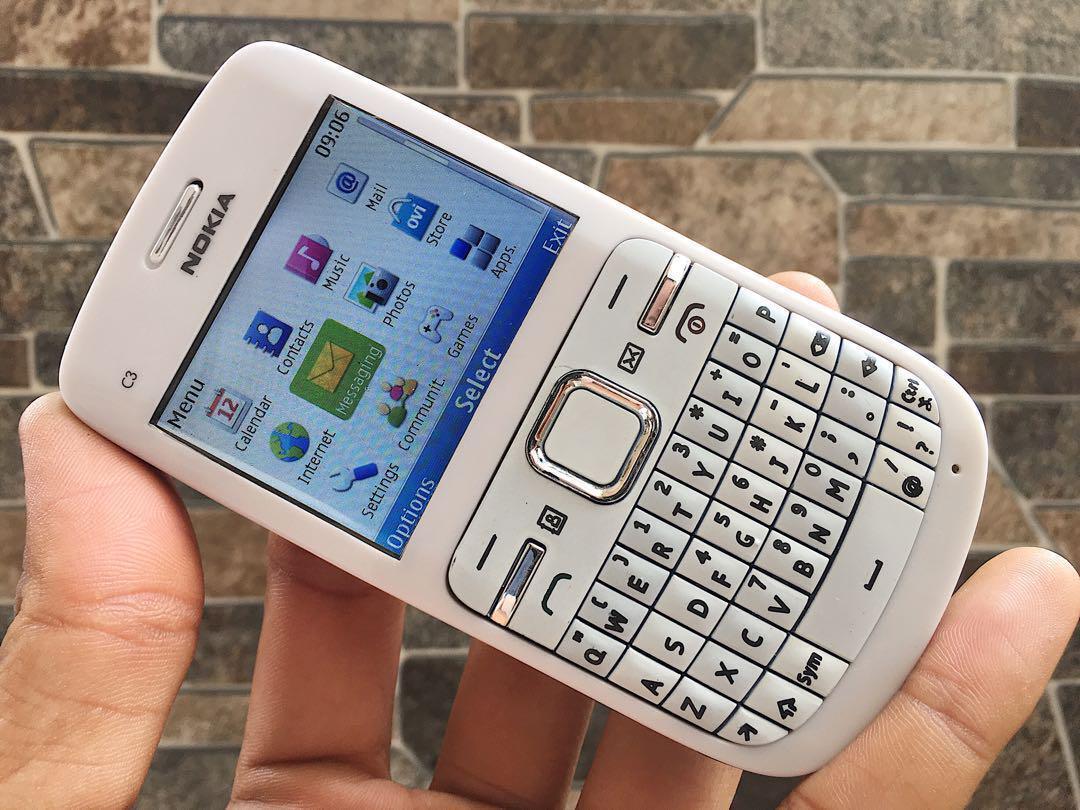 Rewind Time : Perkembangan Ponsel di Indonesia Sepanjang Era 2010-an