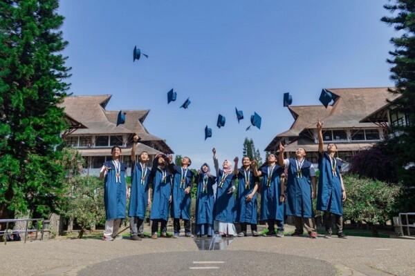 Lagi Bagi-Bagi Beasiswa, Yuk Kenalan dengan IE University