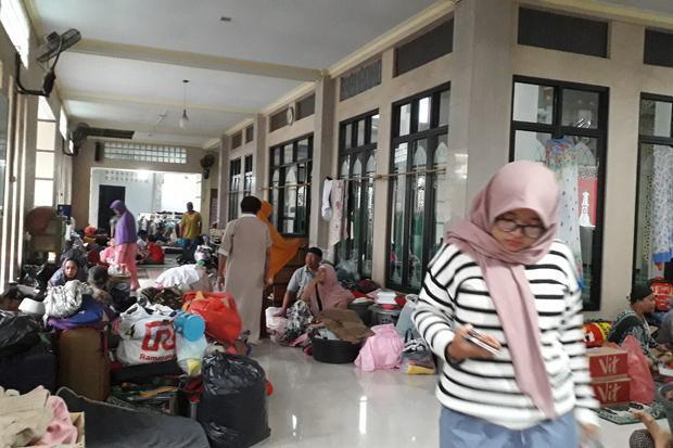 Hari Keempat, Banjir di Periuk Tangerang Masih Setinggi 1,5 Meter