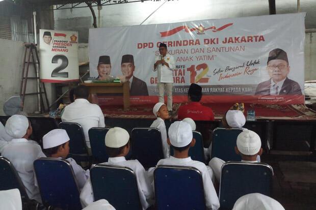 Dua Tahun Pimpin Jakarta, Anies Dinilai Berhasil Tekan Kemiskinan