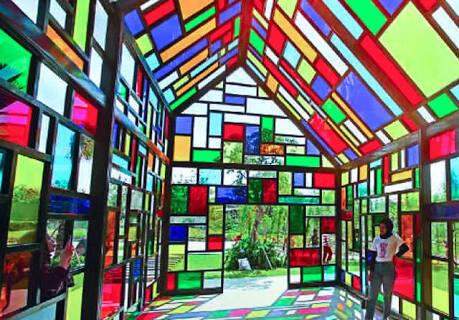 Taman / Rumah Mozaik