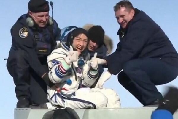 Astronaut Wanita Ini Pecahkan Rekor Perjalanan Antariksa Terlama!