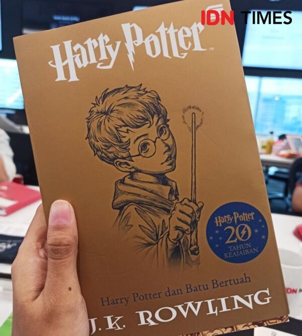Edisi Spesial, Buku Harry Potter dan Batu Bertuah dengan Sampul Khusus