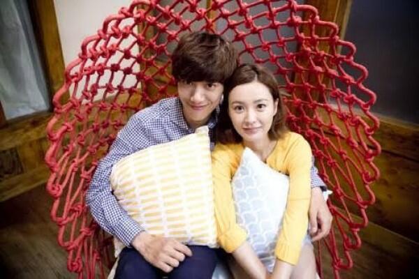 Sudah Menikah, 10 Potret Manis Sung Joon & Para 'Kekasih' di KDrama