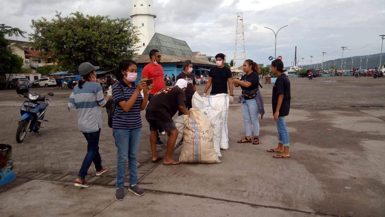 Peduli Lingkungan, Komunitas Bank Sampah Watogokok Larantuka Perangi Sampah