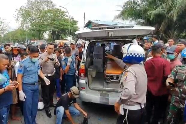 Anggota TNI Tewas Ditabrak Truk Kontainer yang Ugal-ugalan