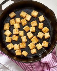 Agar Tidak Mudah Hancur, Begini Cara Menggoreng Tofu
