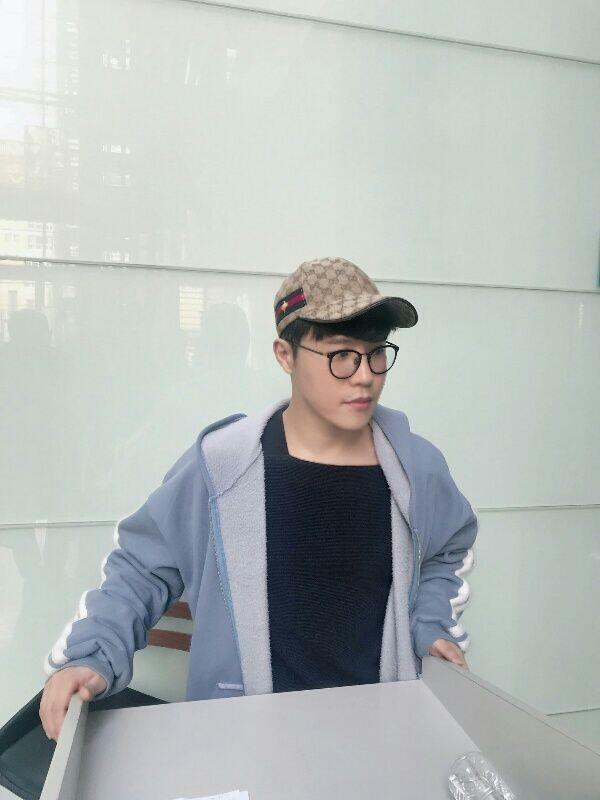 Kenalan Sama Lee Hyun, Artis Big Hit Seniornya BTS dan TXT