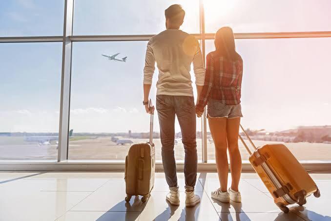 3 Risiko Liburan Bersama Pasangan Saat Kondisi Tidak Memungkinkan. Apa saja, ya?