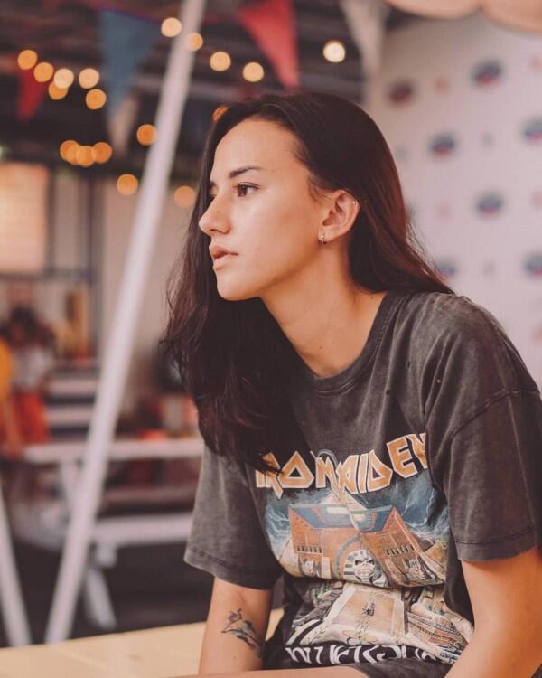 Saking Awet Mudanya, 10 Artis Ini Gak Kelihatan Sudah Punya Dua Anak