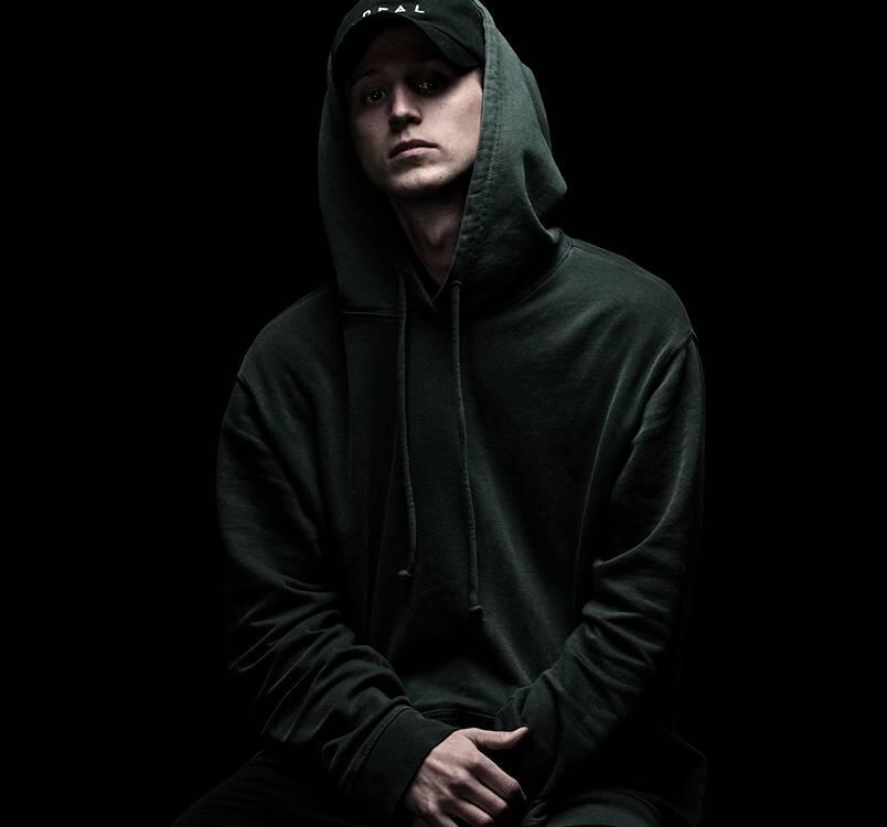 NF : Rapper yang 100% BERSIH