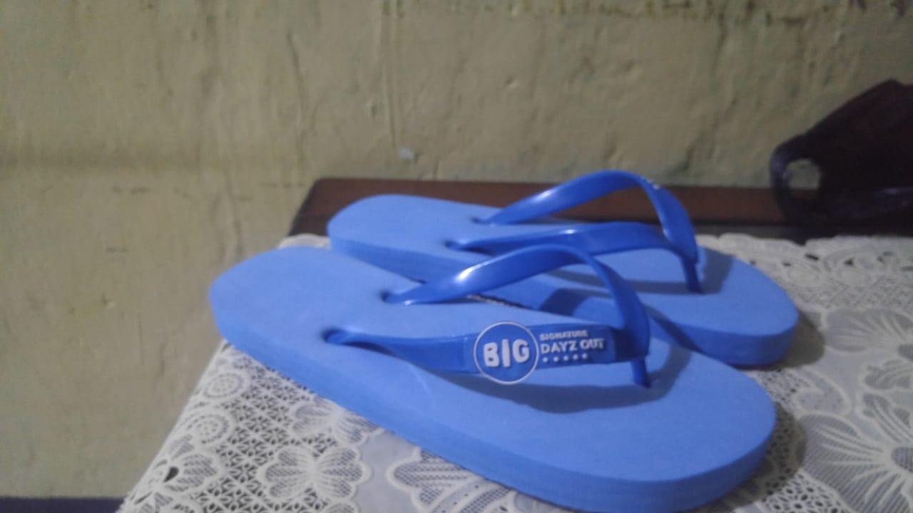 beli sandal jepit custom satuan