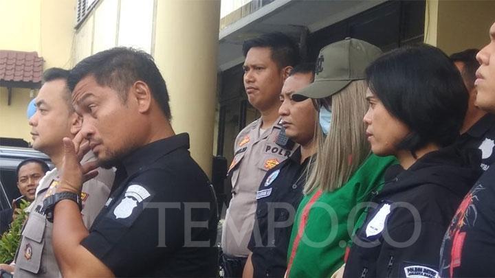 Polisi Akan Tentukan Jenis Kelamin Lucinta Luna Hari Ini