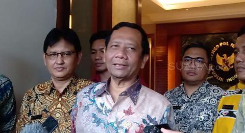 Indonesia Tak Mau Pulangkan WNI eks ISIS, Mahfud: Mereka Pergi Mau Ngapain?