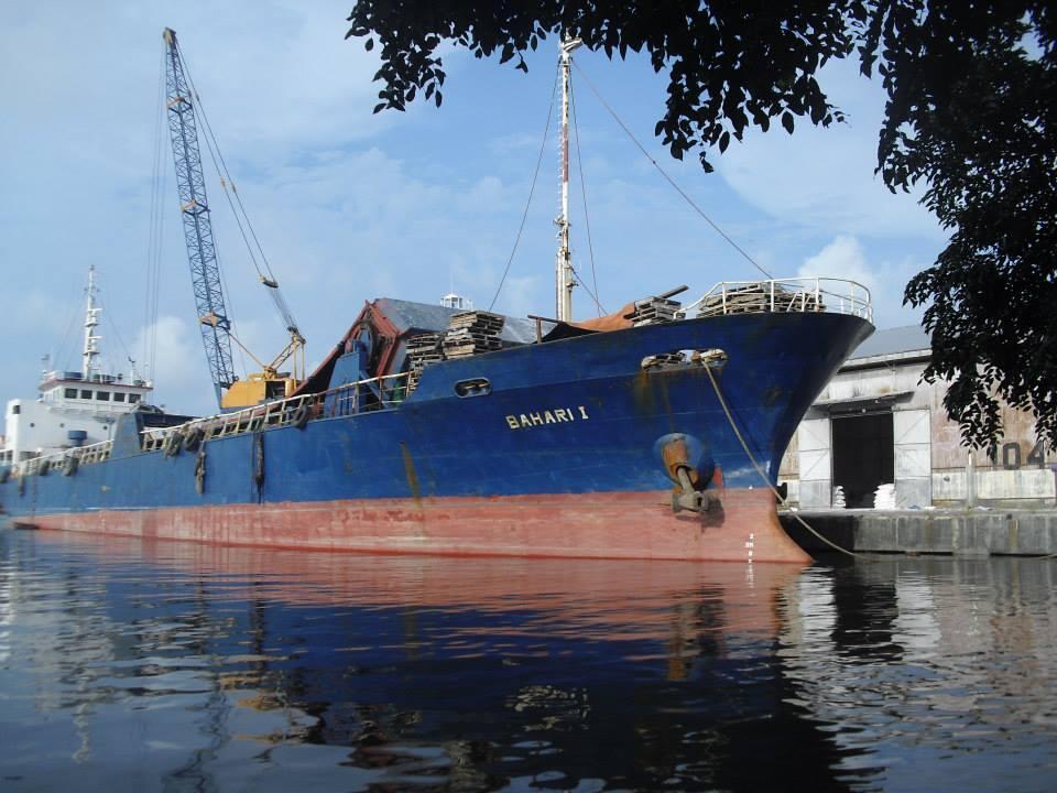 Mencari Pantai di Tengah 'Roaming'-nya Cirebon