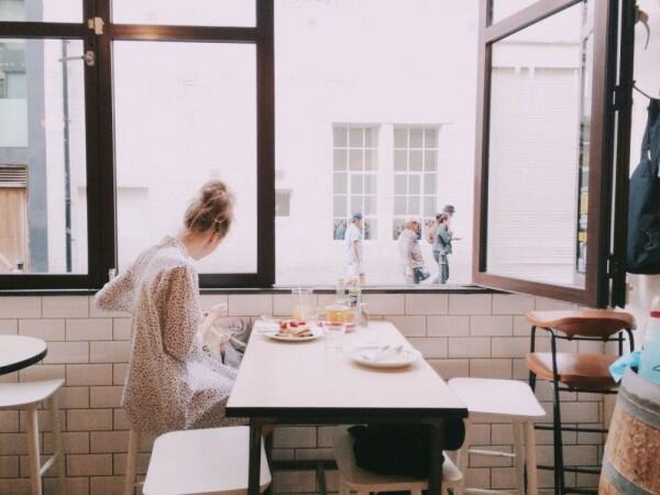 5 Sikap Bijak sebelum Janjian dengan Teman di Kafe