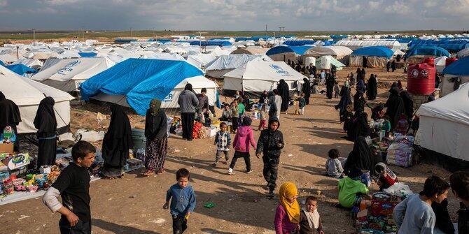 ISIS : Tolak FTF Demi Keamanan, Pulangkan Anak Demi Humanisme